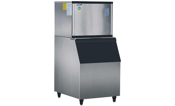 如何正确使用厨具设备消毒柜?